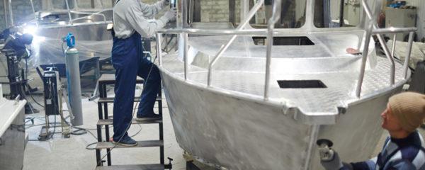 Constructeur de bateau de plaisance